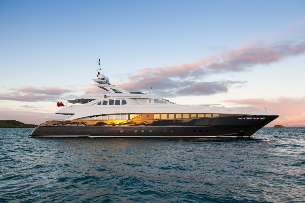 Motor Yacht Lady L